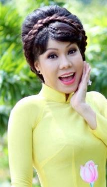 Danh hài Việt Hương nè! 2